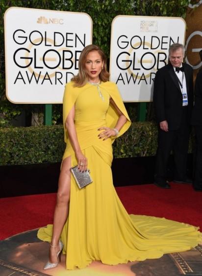 Golden-Globes-2016-Jennifer-Lopez-480x654